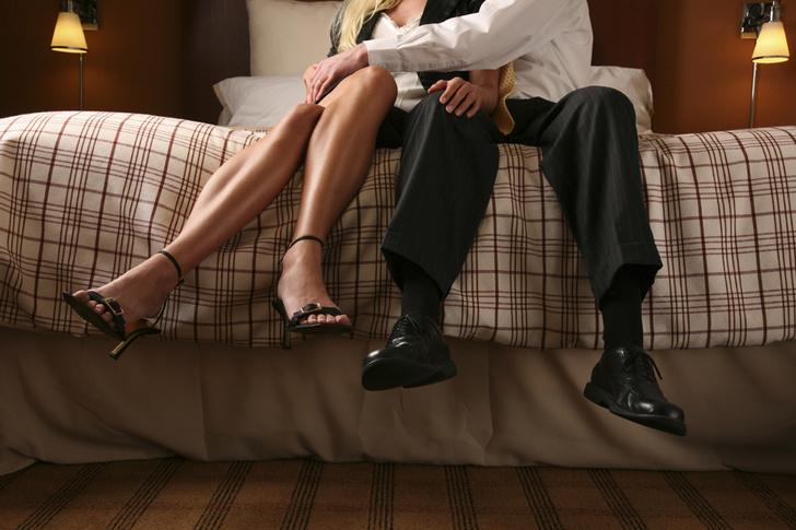 Фото №1 - Мужчины и женщины по-разному воспринимают измены