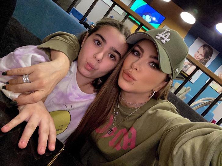 Ани Лорак с дочкой Софией фото