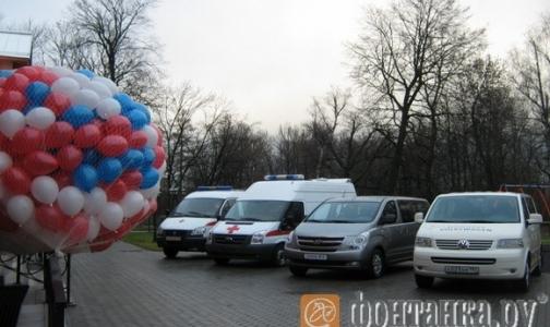 Фото №1 - Детскому хоспису подарили автомобили