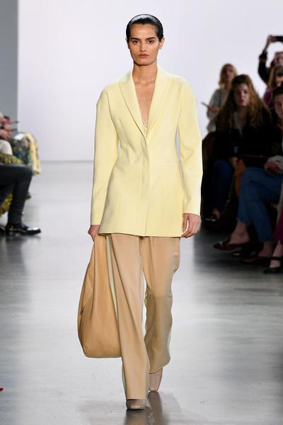 Фото №5 - Возвращение в офис: меняем пижамный лук на деловой стиль