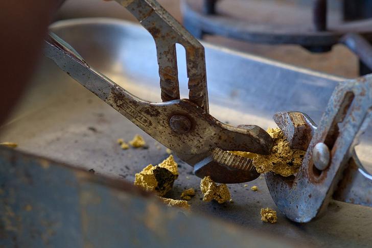 Фото №8 - Фоторепортаж: как добывают золото в джунглях Перу