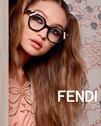 Фото №4 - Белла Хадид в объективе Карла Лагерфельда для Fendi SS17