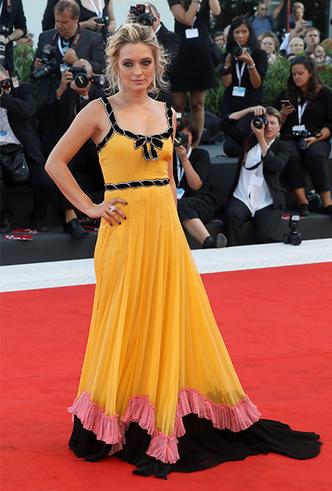 Фото №2 - Модная Венеция-2018: лучшие образы церемонии закрытия кинофестиваля