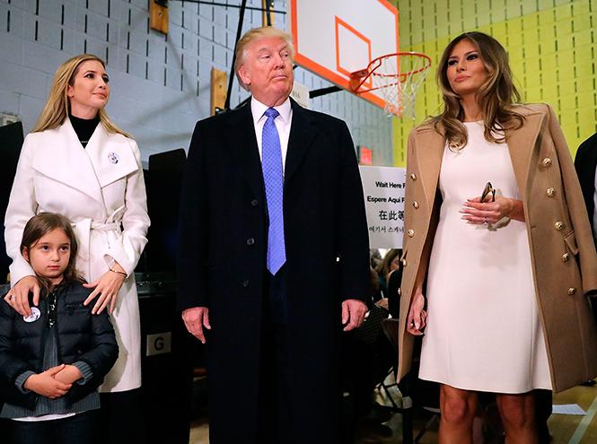 Фото №29 - Стиль Мелании Трамп: фэшн-привычки новой первой леди США