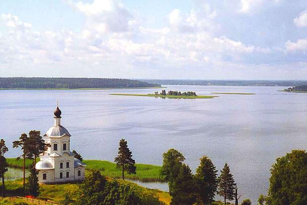 Фото №2 - Гляжусь в озера синие: 5 озер России, где стоит провести отпуск