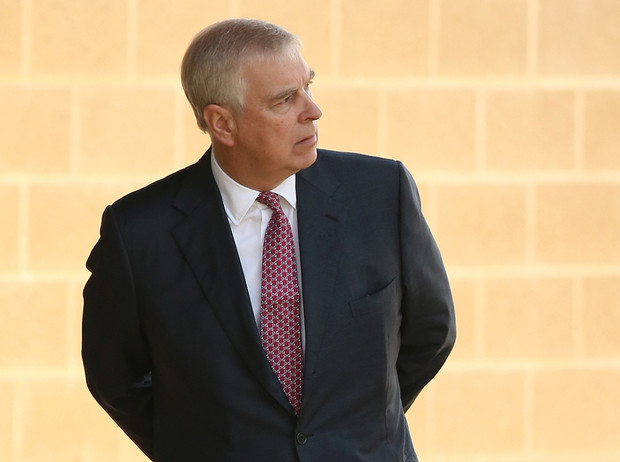 Фото №1 - ФБР против королевской семьи: принц Эндрю отказывается давать показания по делу Эпштейна