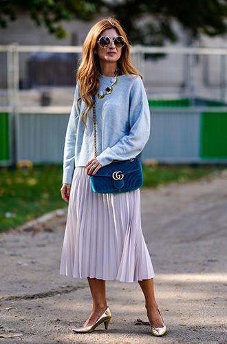 Фото №18 - Как носить самые модные юбки сезона: мастер-класс от звезд street style хроник