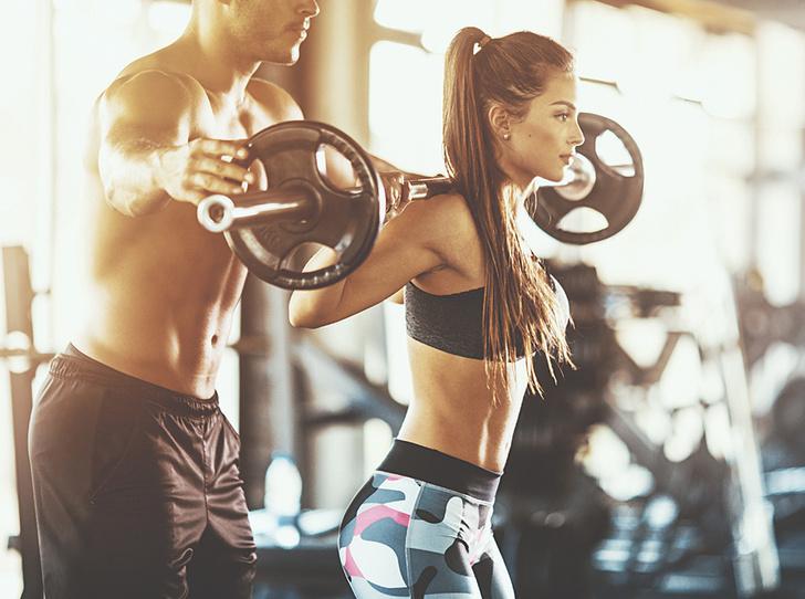 Фото №3 - Силовые тренировки для женщин: мифы об огромных мышцах и правда о здоровье