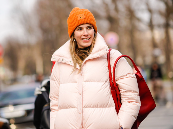 Фото №1 - Шапки, повязки, платки: лучшие головные уборы для зимы 2018