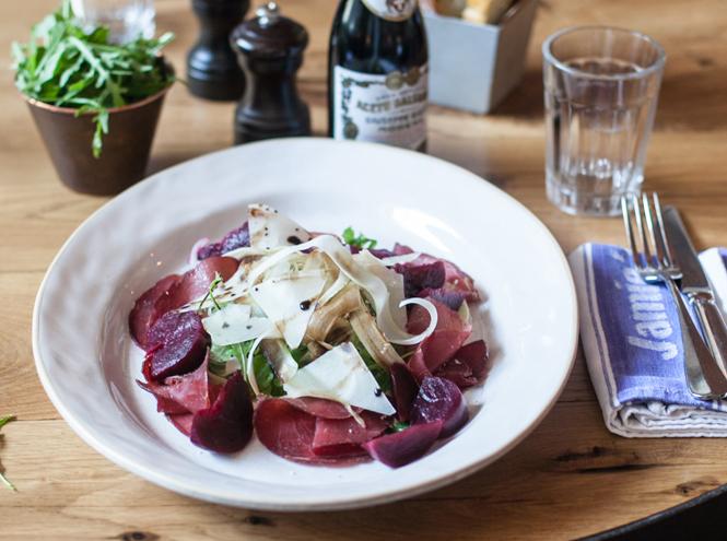 Фото №5 - Не «оливье» единым: три новых новогодних салата