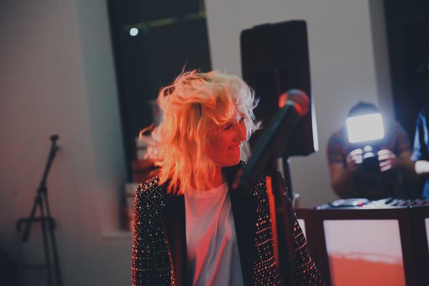 Фото №9 - Клава Кока выпустила дебютный альбом на лейбле «Black Star»