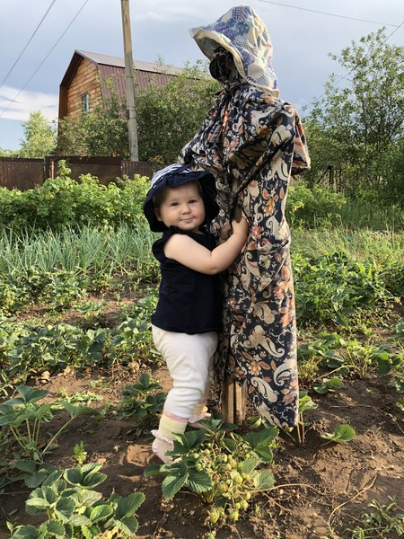 Фото №15 - Дачные радости для малыша: голосуем за самое яркое детское фото