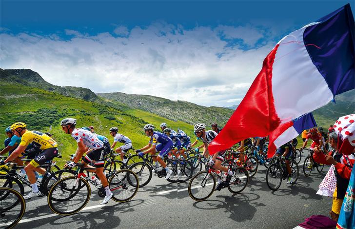 Фото №1 - Среди «горных королей»: репортаж с велогонки «Тур де Франс»
