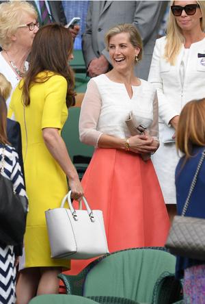 Фото №9 - Королевский отряд: герцогиня Кейт и ее три самых близких подруги в БКС
