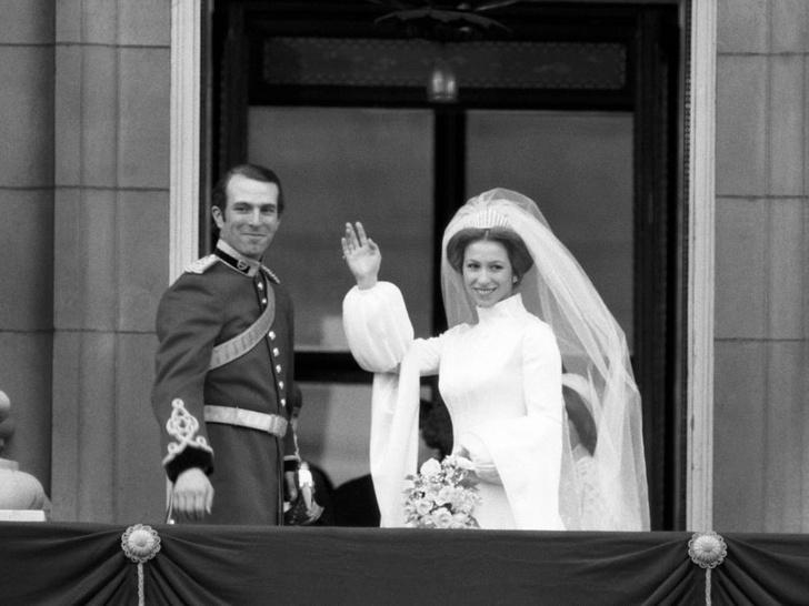 Фото №3 - Брачный возраст: во сколько лет Виндзоры женились и выходили замуж