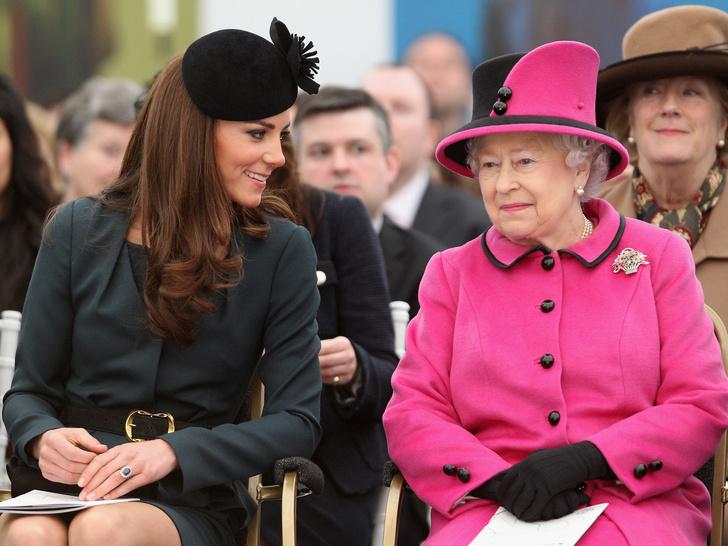 Фото №1 - Неожиданная причина, по которой Кейт отказалась от первого приглашения в гости к Королеве