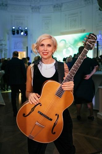 Фото №5 - Компания «Кашемир и Шелк» отпраздновала двадцатилетний юбилей