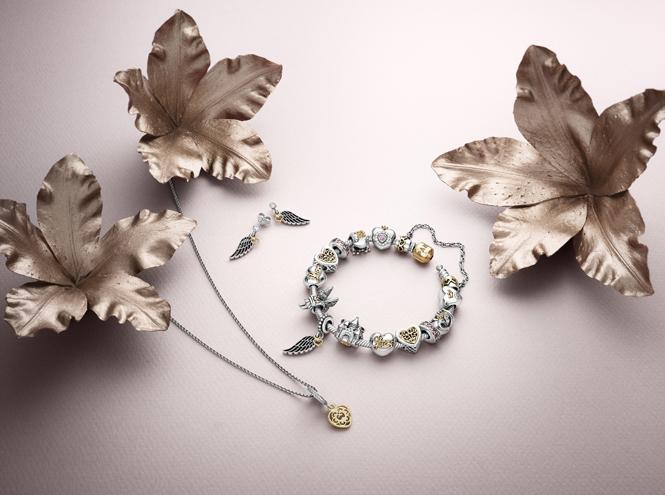 Фото №1 - Волшебное королевство: новая коллекция украшений Pandora