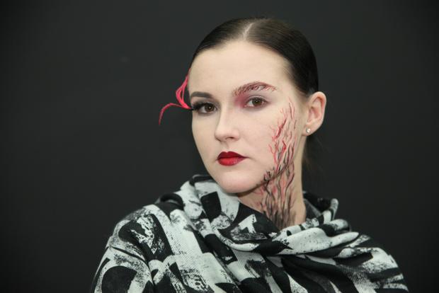 Фото №9 - Как создать простой beauty-образ на Хэллоуин
