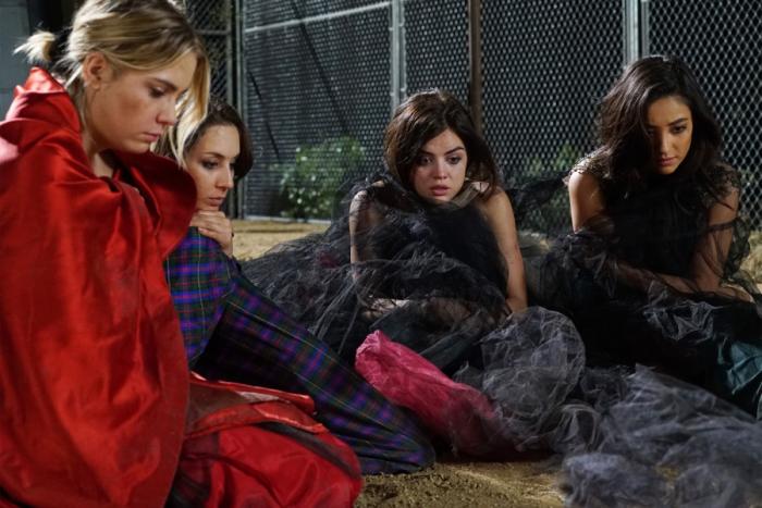 Промо-фото 6-го сезона «Милых обманщиц»