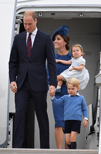 Фото №9 - Принц Джордж, принцесса Шарлотта и Кейт Миддлтон стали звездами канадского тура