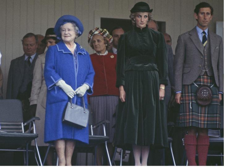 Фото №2 - Какую роль Королева-мать сыграла в разводе Чарльза и Дианы