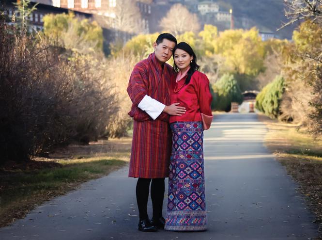 Фото №8 - Король-дракон Бутана: любовь стоит того, чтобы ждать