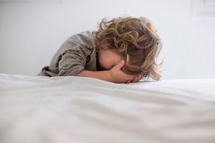 Фото №2 - Почему болит голова у ребенка: причины боли, виды и лечение