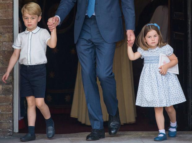 Фото №3 - Какие титулы получат Джордж, Шарлотта и Луи, когда их отец станет королем