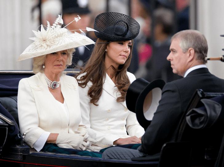 Фото №2 - Почему Камилла Паркер-Боулз недолюбливает принца Эндрю