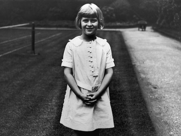 Фото №10 - Связи с нацистами и дурная репутация: как сестры принца Филиппа стали темной тайной Короны