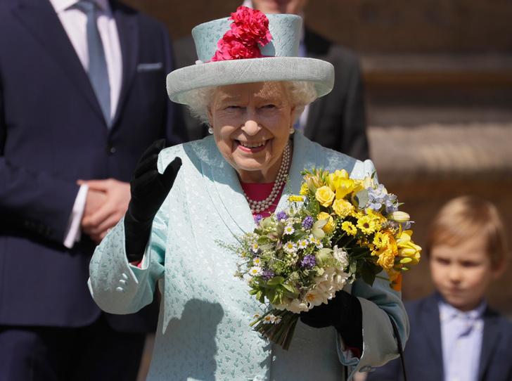 Фото №2 - Как Меган и Гарри поздравили Королеву с днем рождения