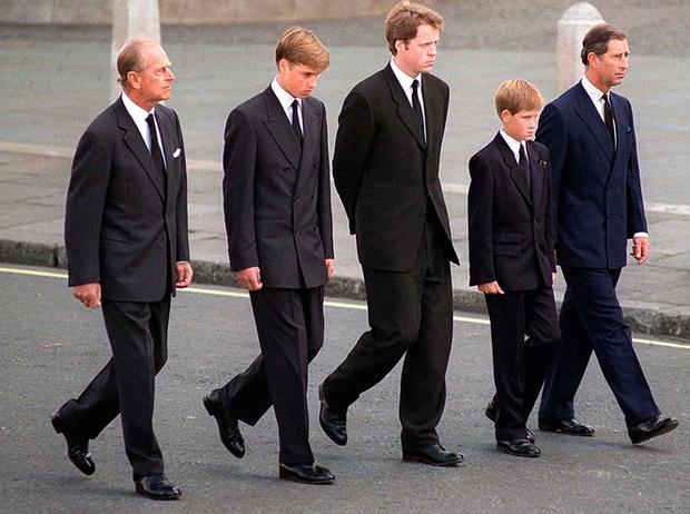 Фото №8 - Два будущих Короля: какими были отношения Чарльза и Уильяма все эти годы