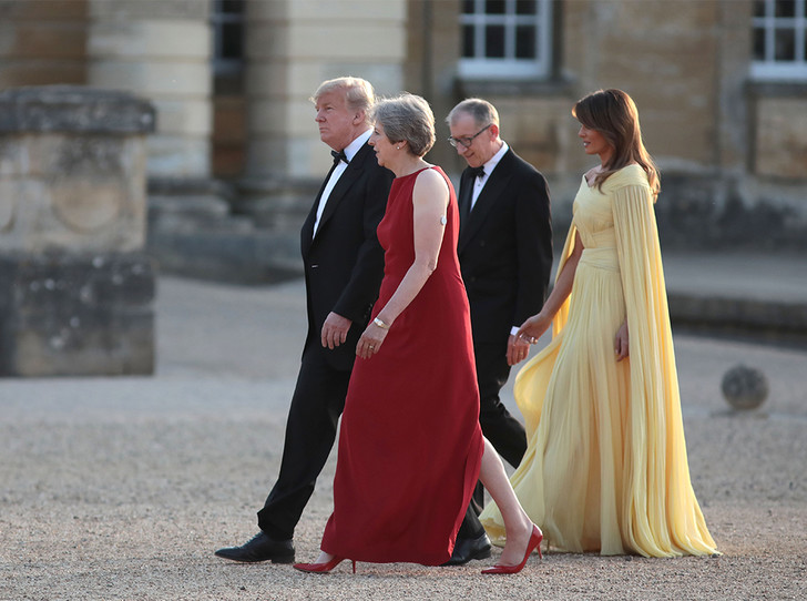 Фото №8 - Мелания Трамп «украла шоу» на гала-ужине в Бленхеймском дворце