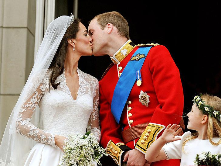 Фото №3 - Реальная любовь: самые трогательные фотографии Кейт и Уильяма