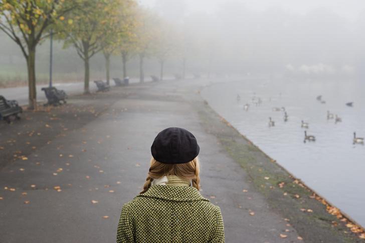 Фото №1 - Осенняя хандра: как бороться с сезонной меланхолией