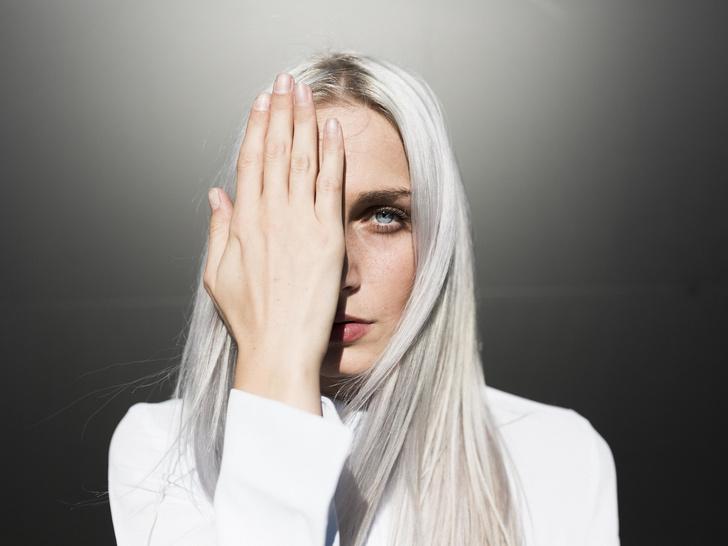 Фото №2 - Макияж под цвет волос: какие оттенки вам подходят, а о каких лучше забыть
