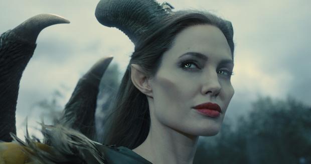 Анжелина Джоли – Малефисента («Малефисента»)