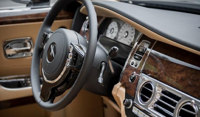 Фото №5 - Классовые различия: любительский тест-драйв Rolls-Royce Ghost