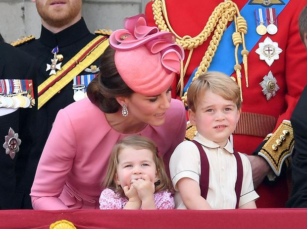 Фото №1 - 15 правил королевского воспитания от Кейт Миддлтон