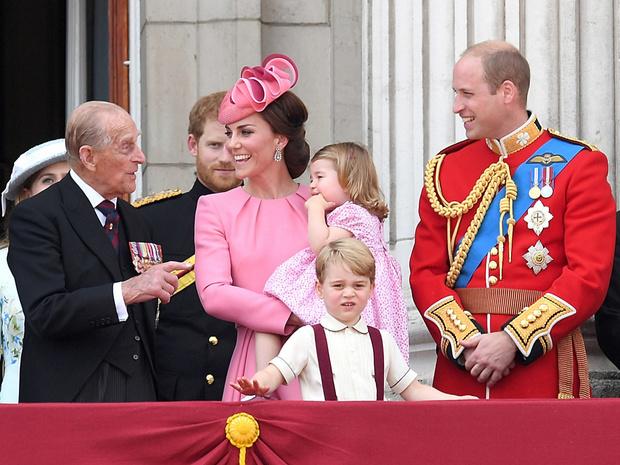 Фото №3 - Неожиданная забота: как принц Филипп помог Кейт освоиться во дворце
