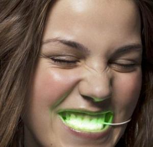 Фото №15 - Дентикюр, LED-подсветка зубов и еще 8 стомалогоческих процедур, о которых не знали наши мамы