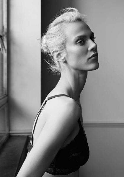 Фото №2 - Неподдельная женственность в новой рекламной кампании Oysho 16/17