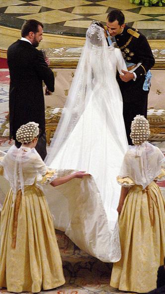 Фото №4 - Какой была свадьба короля Филиппа и королевы Летиции: история в фотографиях