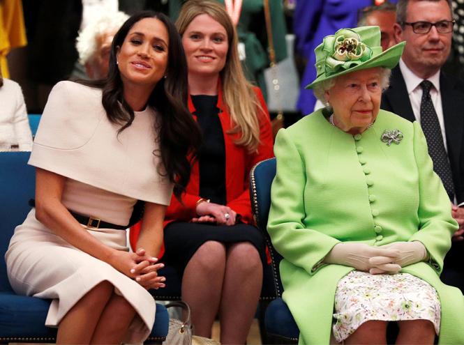 Фото №4 - Экс-помощник Королевы ─ герцогине Меган: «Не пытайтесь умничать»