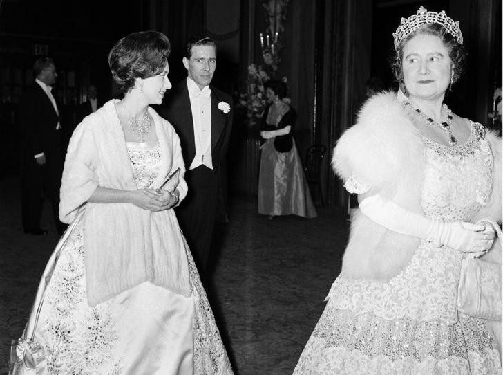 Фото №4 - Секреты Короны: как королева-мать помогала Маргарет скрывать ее тайный роман