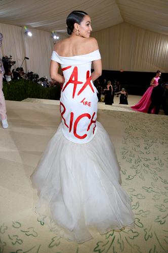 Фото №84 - Met Gala 2021: все модные образы бала Института костюма