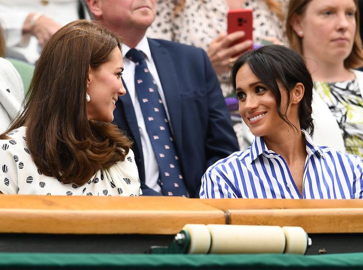 Фото №14 - Кейт в горошек и Меган в полоску: на что намекают две герцогини