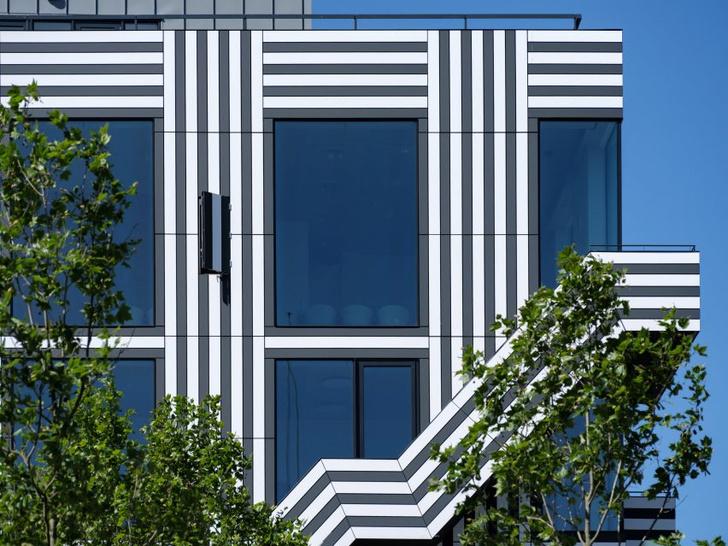 Фото №4 - Дом с монохромным принтом на основе шрифта в Амстердаме