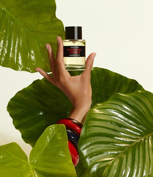 Фото №3 - Пахнут опавшей листвой, зачарованным лесом и восточными пряностями: 5 ароматов с идеальной осенней атмосферой